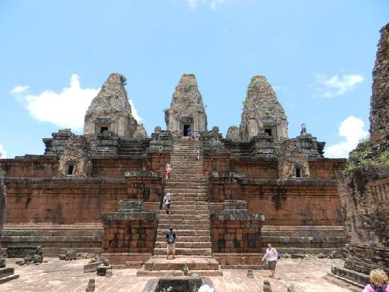 Angkor Guide Sopanha Private Tours: Pre Rup