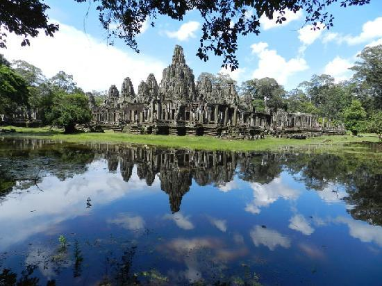 Angkor Guide Sopanha Private Tours: Bayon