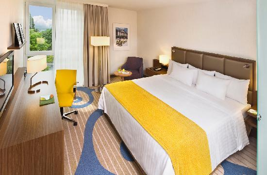 Courtyard by Marriott Wiesbaden-Nordenstadt: Completely renovated hotel rooms