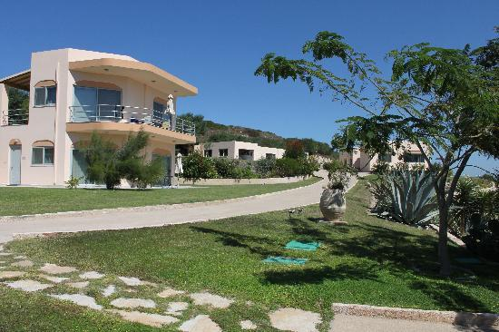 Kefalosbay Residence: vista dall'ingresso del nostro appartamento
