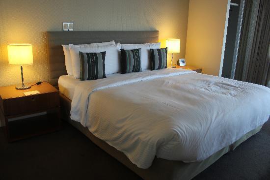 Shangri-La Hotel, The Marina, Cairns: Room 4004