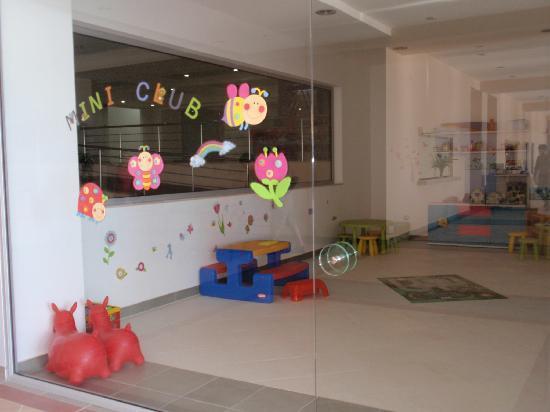 Atrium Platinum Hotel: mini club per bambini
