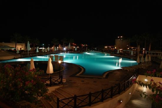 Asteria Bodrum Resort: Pool - Night