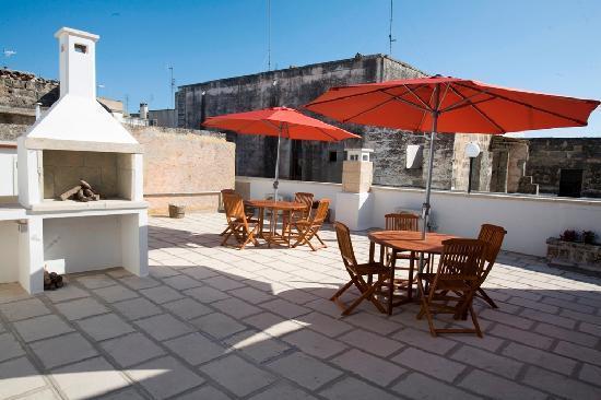 Residenze Fusaro 2: terrazza degli appartamenti centro storico