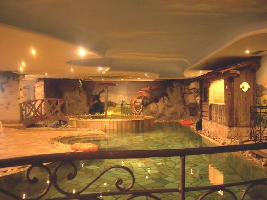 Hotel Malder: La piscina
