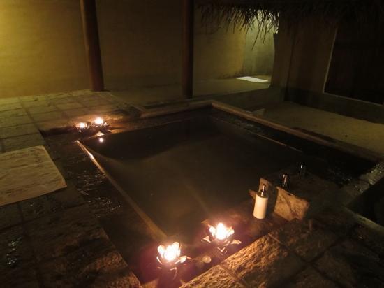 เจ็ทวิงวิลอูยานา: 夜のお風呂