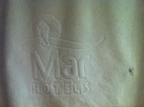 Aparthotel Ferrera Blanca: not exactly fluffy towels as you may expect from a 4 star hotel