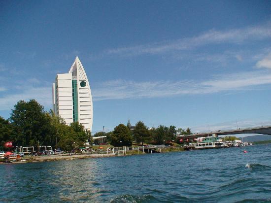 Hotel Dreams Valdivia: el hotel