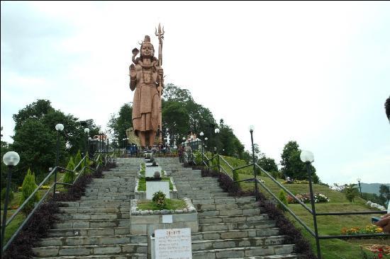 เนปาล: Shiva staue