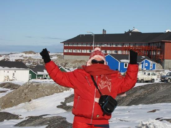 Hotel Arctic Ilulissat: Part of Hotel Arctic in back ground