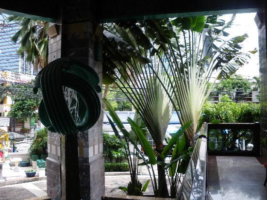 Chateau de Bangkok: L'entrée
