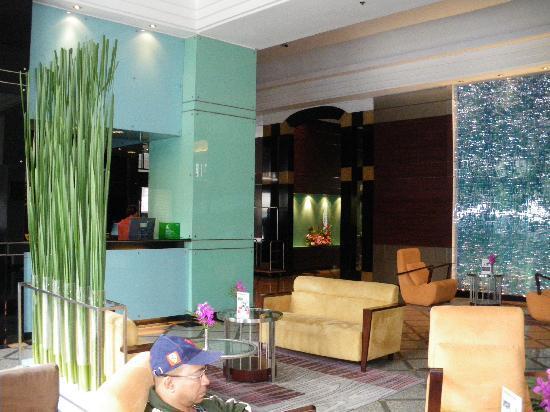 Chateau de Bangkok: Le lobby