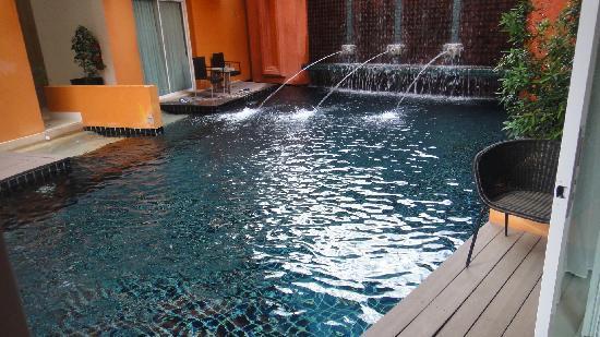 เดอะ สมอลล์ รีสอร์ท: Chambre acces piscine