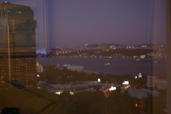 InterContinental Istanbul: Room View - Night
