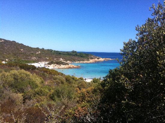 Hotel Monti di Mola: beach