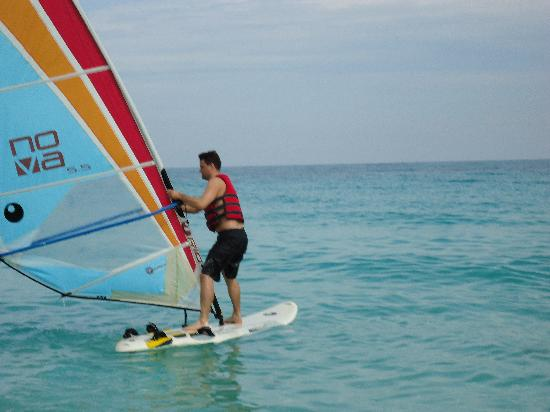 Paradisus Rio de Oro Resort & Spa: Attempting to wind surf