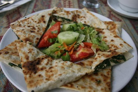 Mehmet and Ali Baba Kebab House: Spinach and cheese gözleme.