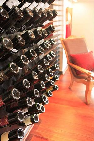 Cafe Gannet: Large selection of wines