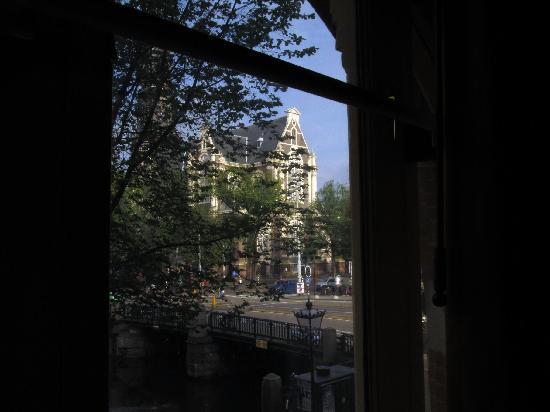Hotel Nadia: Westerkerk view from triple room