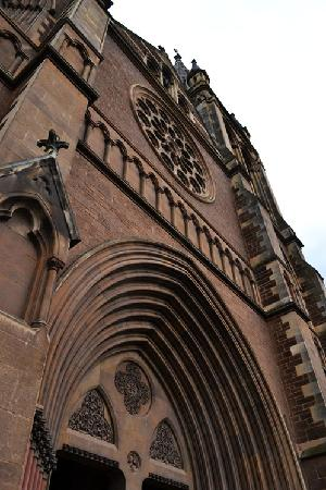 Adelaide Photography Tours: St Peter's Cathedral
