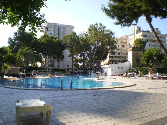 BQ Belvedere Hotel: The large Pool