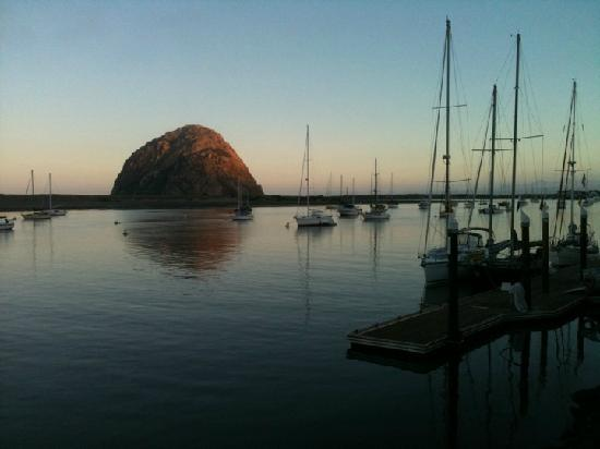 Central Coast Stand Up Paddling : The Rock at sunset