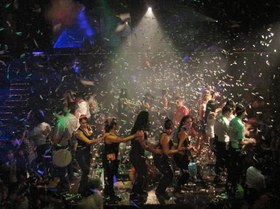 Coco Bongo Playa del Carmen: What a crowd!