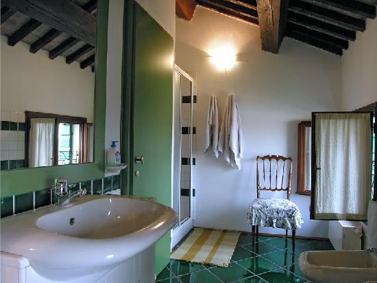 Villa da Ponte B&B: Bagno mansardato