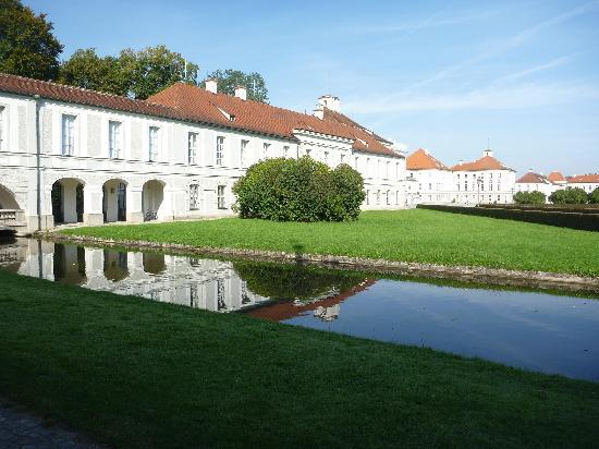 Nymphenburg Palace: Scorcio del parco 6