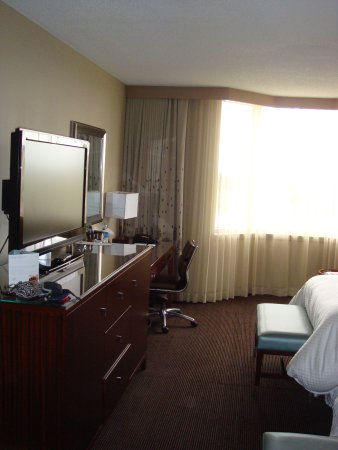 The Westin Savannah Harbor Golf Resort & Spa: Desk Area