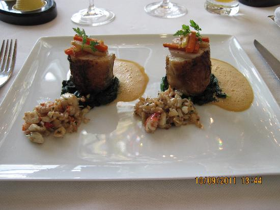 Caprice (Central): Spring chicken with crab meat