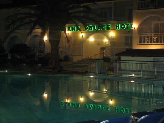 Diana Palace Hotel: evening at diana palace