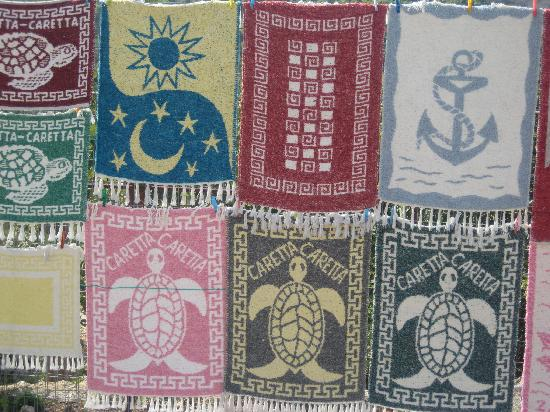 Diana Palace Hotel: rugs for sale