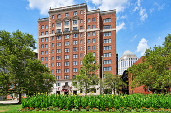 Residence Inn Cincinnati Downtown/The Phelps: Exterior
