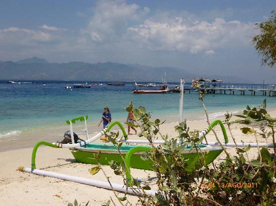 Остров Гили-Траванган, Индонезия: il porticciolo