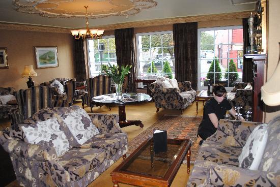 Killarney Royal: Hotel lobby
