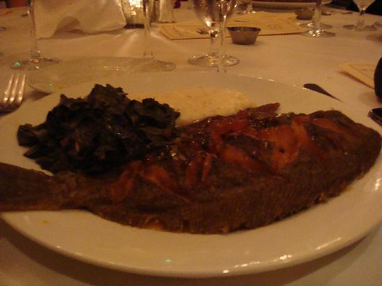 Olde Pink House Restaurant: Flounder
