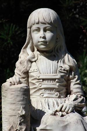 Bonaventure Cemetery: Close Up of Gracie