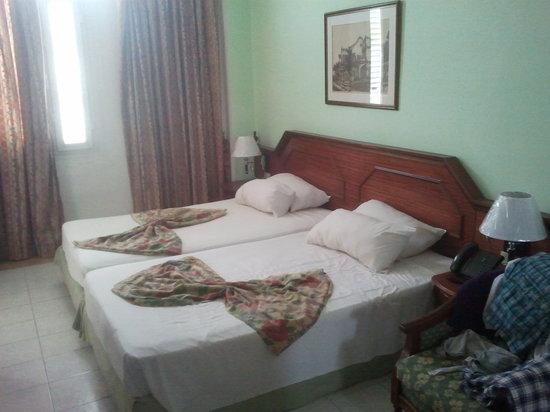 Hotel Roc Presidente: Habitaciones