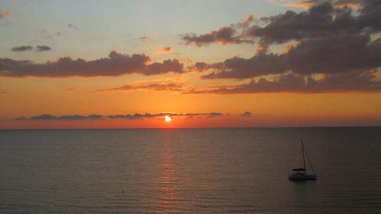 LaPlaya Beach & Golf Resort, A Noble House Resort: one of the many sunsets