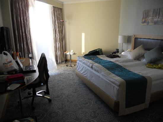 Mersin HiltonSA: Room