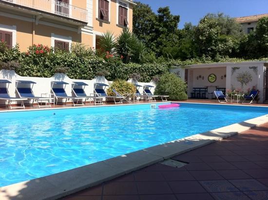 Hotel Villa Garden: loved it