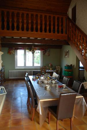 Les Grappes d'Or: Breakfast room