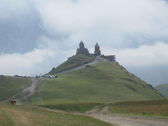 Mount Kazbek/ Mqinvartsveri: Gergeti Trinity Charch