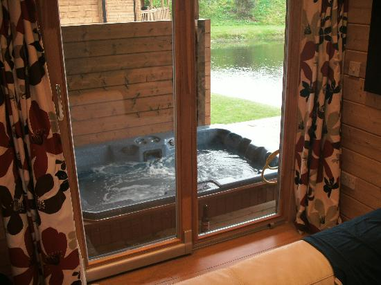 Dacre Lakeside Park: The hot tub ..x