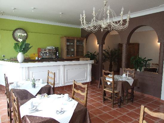 Hotel L'Occitan: salle pdj