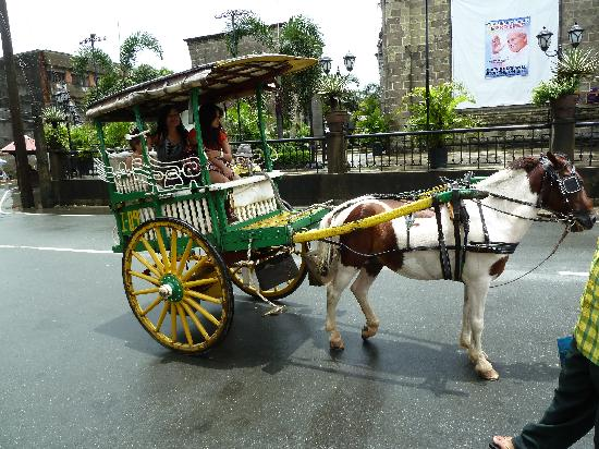 Fort Santiago: Horse drawn carriage.