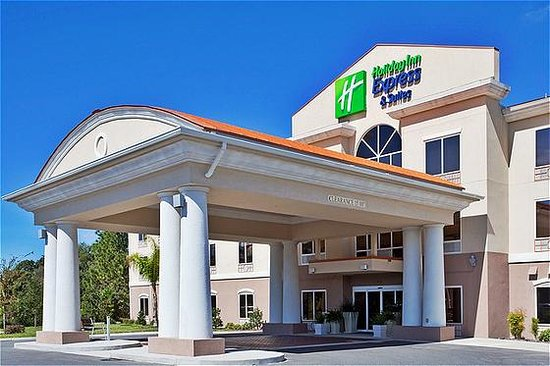 Holiday Inn Express Inverness: Holiday Inn Express & Suites Inverness near Crystal River and Homosassa Springs