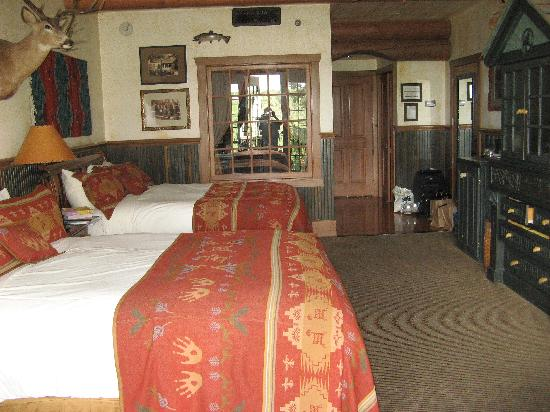 Big Cedar Lodge : Interior of room