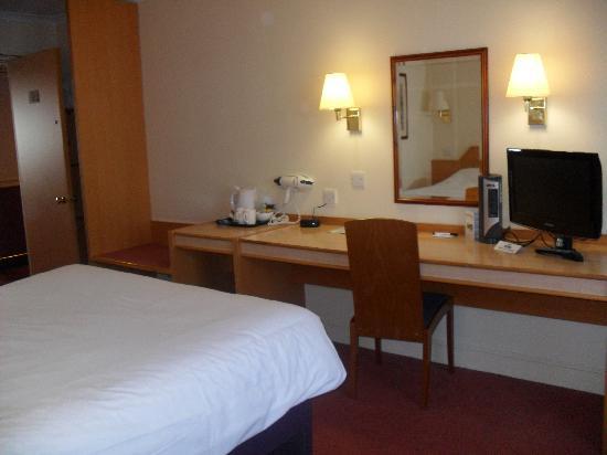 Days Inn Chester East: Double Bedroom
